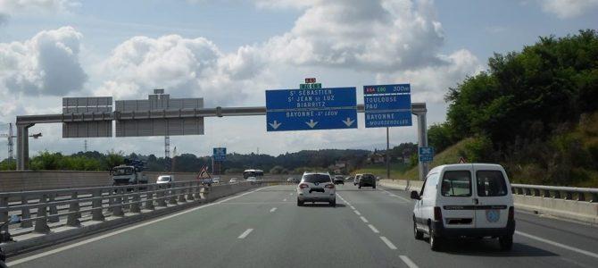 In camper in Francia: viabilità, equipaggiamento e trafori