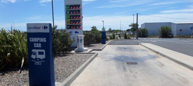 Carburante, le bombole e altri servizi camper in Francia